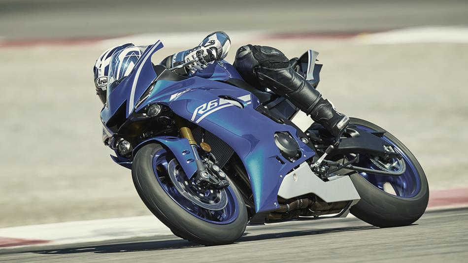 2017 Yamaha YZF R6 EU Race Blu Action 007